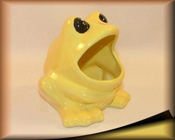 Frog scrubby sponge holder yellow glazed hand painted - Frog sponge holder kitchen sink ...