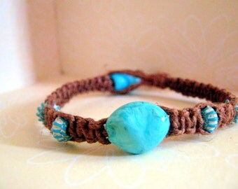 Natural Brown Hemp Bracelet with Turquoise-Looking Beads