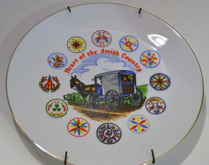 Vintage Souvenir Plate Amish Country White Blue Red Decorative CollectiblePanchosPorch