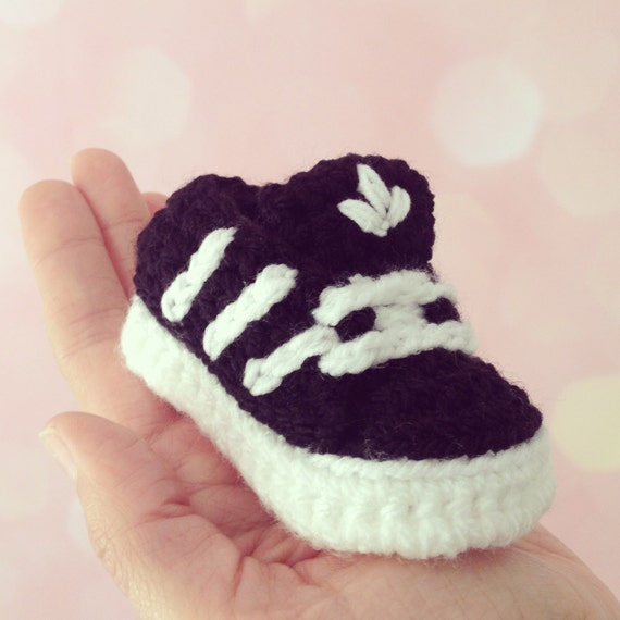 items similar to baby shoes with stripes crochet on etsy. Black Bedroom Furniture Sets. Home Design Ideas
