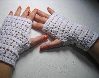 50% off sale fingerless glove Handmade Fingerless Wedding Half Gloves Crocheted White glove  spring accessory, christmas gift, woman gloves