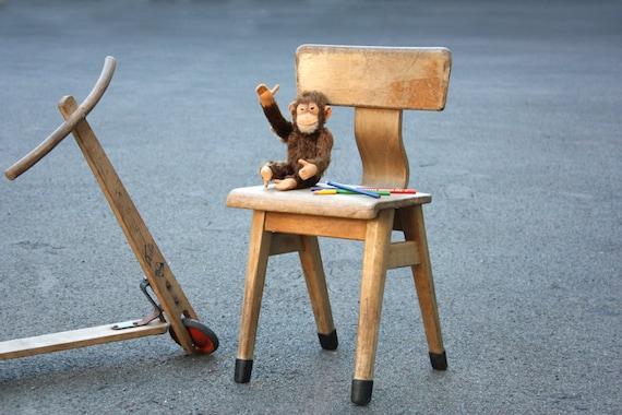 alter kinderstuhl schulstuhl kleiner holzstuhl stuhl. Black Bedroom Furniture Sets. Home Design Ideas