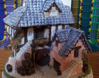 David Winter Cottage Coopers Cottage