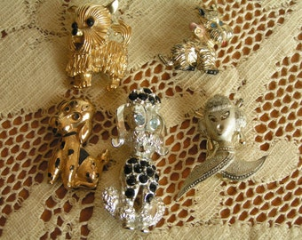 DESTASH Vintage Lot of 5 Dog Brooches Rhinestones Silver Tone Gold Tone Poodles Terriers