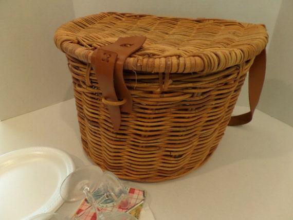 Picnic Basket Restaurant Happy Hollow : Vintage wicker picnic basket shoulder strap oversized round
