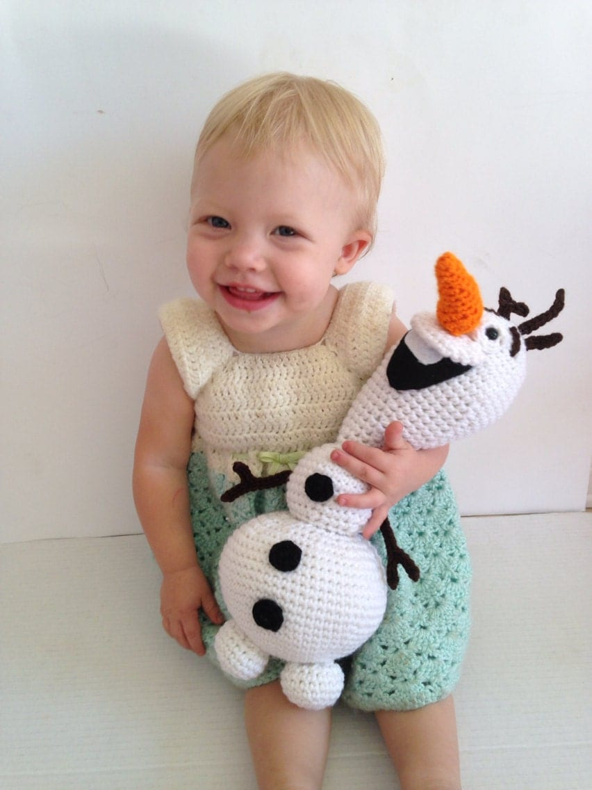 Amigurumi Crochet Toys : Amigurumi crochet snowman toy by CrochetForMadilyn on Etsy