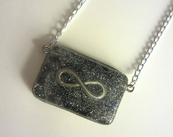 Starry Infinity Glittery Resin Pendant Necklace