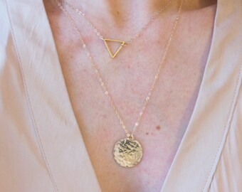 Necklace hammered 14k gold filled disc- Hammered disc necklace- Personalized 14k gold fill necklace