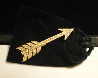 Vintage Signed Coro Arrow Pin