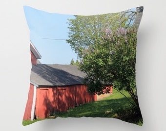 Red Barns, Pillow Cover, 16x16, 18x18, 20x20, home decoration, green, blue, red, landscape, farm, rustic design, country living, traditional