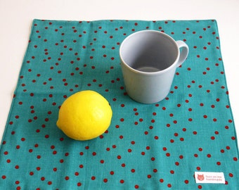 Hand cotton towel / Handkerchief : 4 layered gauze - emerald green with random red dots