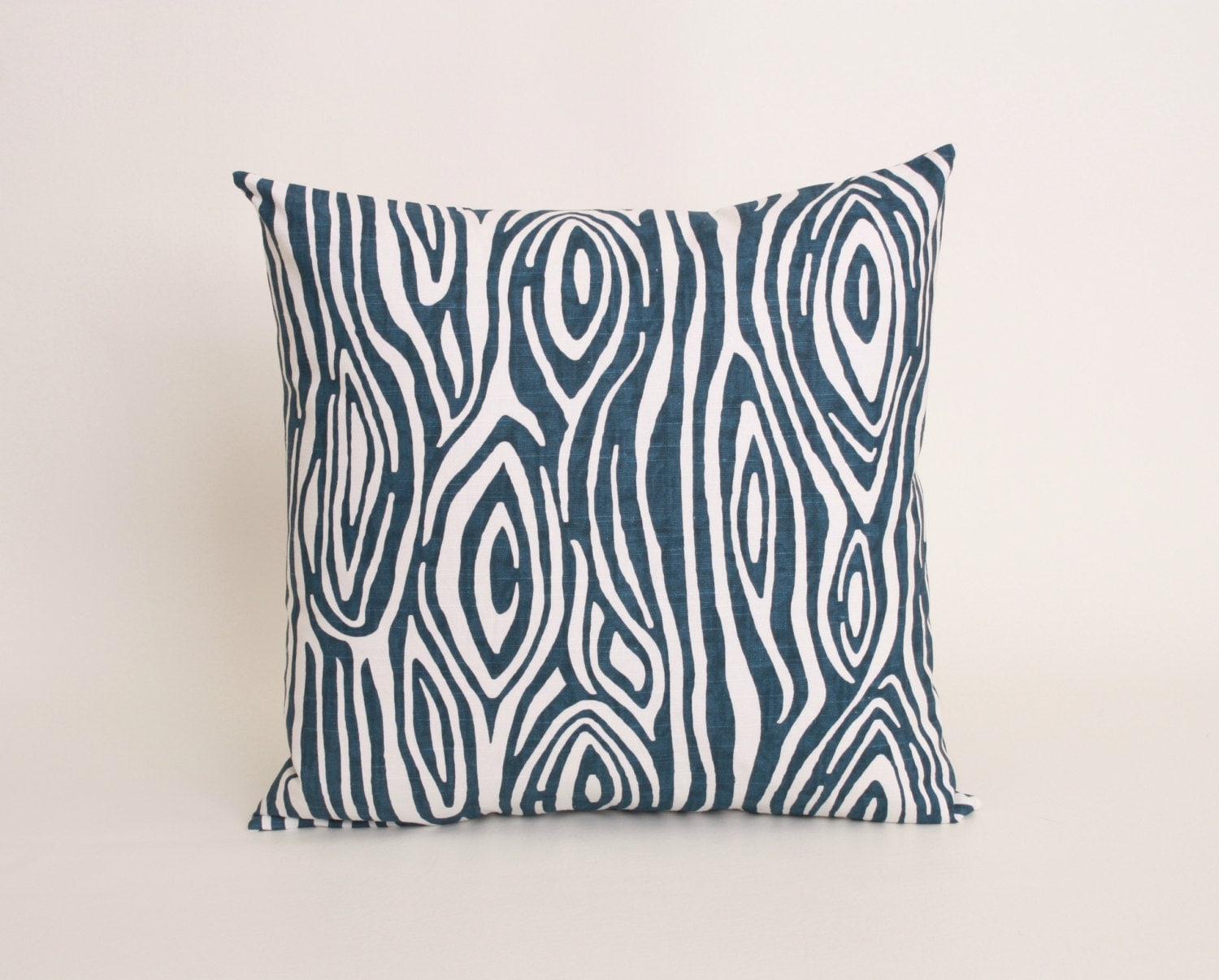 Navy Blue Throw Pillow Covers : Kitchen & Dining
