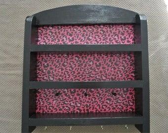 Nail polish storage shelf