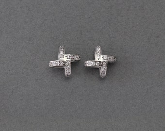 Pinwheel Brass Pendant . Wedding Jewelry, Bridal Jewelry . Polished Original Rhodium Plated over Brass  / 1 Pcs - AC119-PR-CR