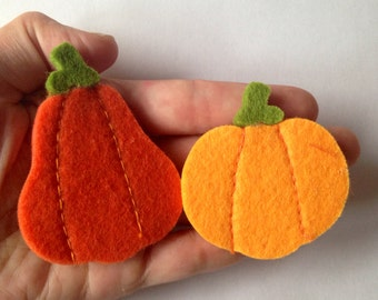 Felt Pumpkin brooch