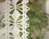 white edge crocheted with high quality fine cotton thread, crochet lace trim for home decor