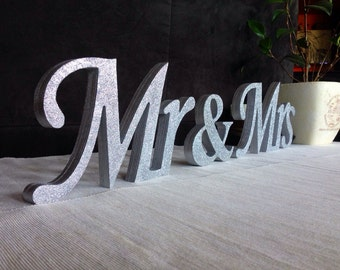 Glitter Mr. & Mrs. letters wedding table decoration, freestanding Mr and Mrs signs for sweetheart table