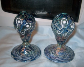 2 Vintage Blown Glass Oil Lamps, Wicks, Butterflies, WAS 25.00 - 50% = 12.50 (Price for both)