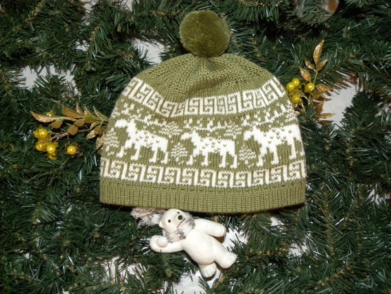 Green and white winter 50% wool 50 acrylic children hat with pompon