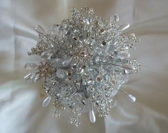 Bridesmaids bouquet, winter wedding, snowflake bouquet, silver bouquet, beaded bouquet, brooch bouquet, wedding bouquet, Christmas wedding