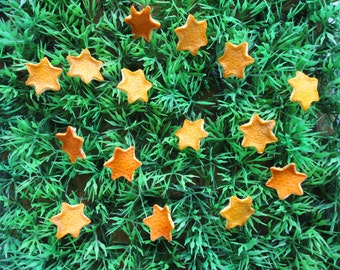 Stelle di scorza di arancio e mandarino essiccate, decorazioni profumate, applicazioni naturali, coriandoli per feste, decorazioni tavola.