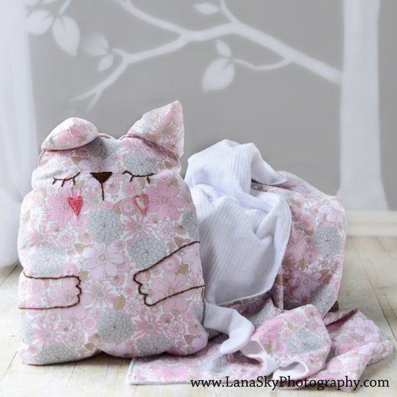 items similar to baby toddler pillow and blanket set pink cat pillow blanket kids bedding. Black Bedroom Furniture Sets. Home Design Ideas
