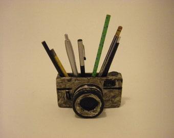 Pen-shaped camera (camera pen holder)
