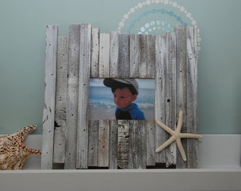 Reclaimed 4x6 wood beach picture frame with starfish