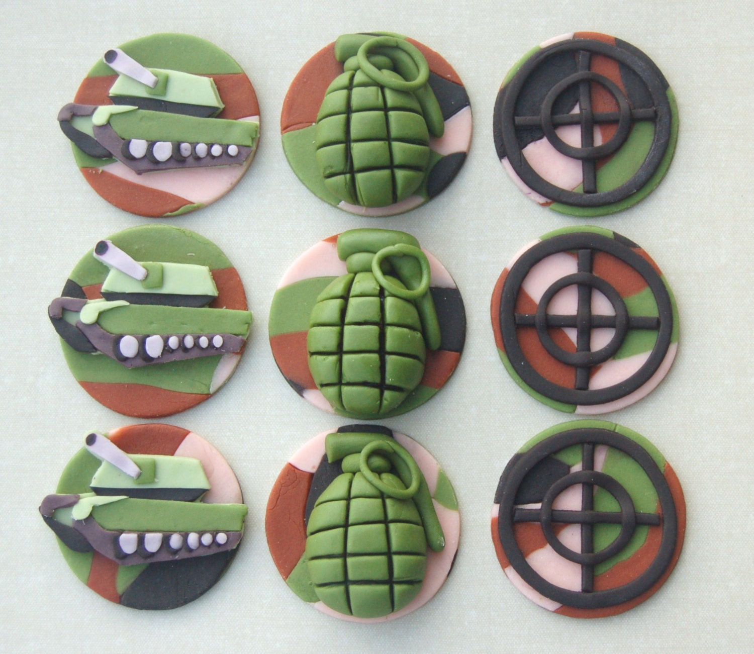 Fondant cupcake toppers Army cupcake toppers set of 12