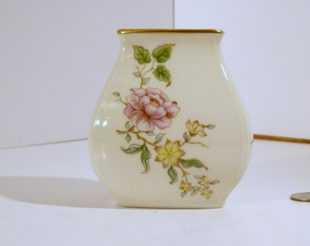 1980 Lenox event vase 4 inch tall, gold rim with flowers