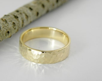 Wedding ring,5x1 mm,flat in hammered shinny finish,yellow gold,Men or Women ring.Option of rose or white gold too.