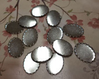 25mm x 18mm oval silvertone closed back lace edge cup settings 12 pieces lot l