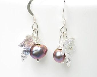 Bridesmaid gift - Pearl earrings - Bridesmaid Earrings - silver and pearl earrings - leaf drop earrings - wedding jewellery