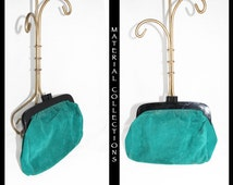 Emerald Suede Clutch / Mod Depositato / Vintage 60s 70s / Italian / purse / clutch / handbag / suede / genuine leather / green - 10.5 x 8.25