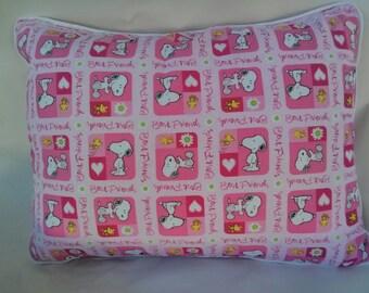 Girl's Snoopy Pillow