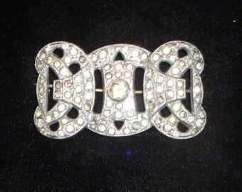 1930s jewelled brooch
