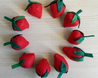 Felt strawberries - felt food