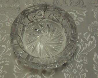 Vintage Round Heavy Pinwheel Crystal Ashtray/Candle/ Trinket Holder