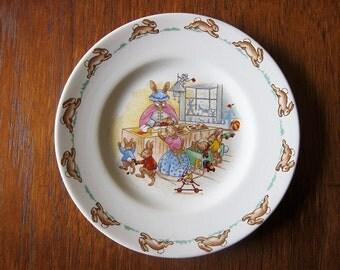 Royal Doulton 'Bunnykins' nursery plate