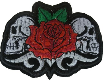 Embroidered Iron On Appliques patch 2 Skull and Flower NEW