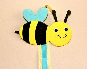 Cute bee bow holder