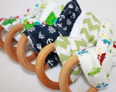 Sale! Teething ringBoy Teething ring organic 3 inch natural maple wood teething ring baby teether