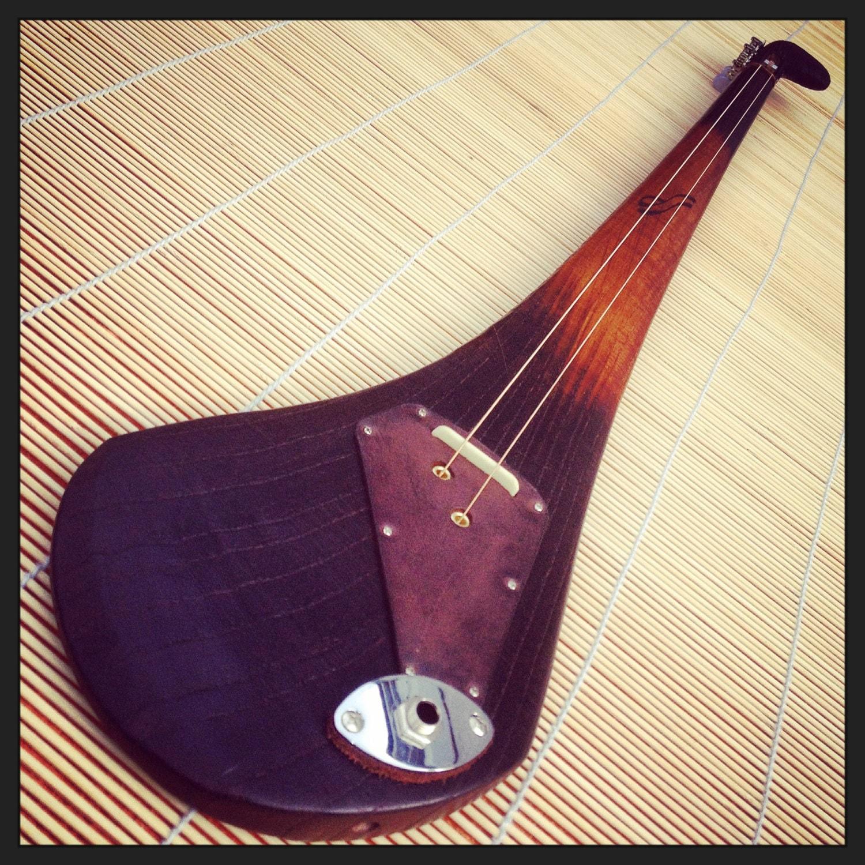 dashtick slide guitar two string celtic diddley bow cbg. Black Bedroom Furniture Sets. Home Design Ideas