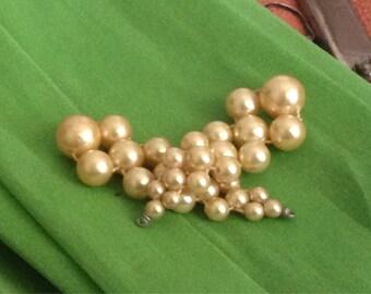 Vintage Dangly Pearl Earrings