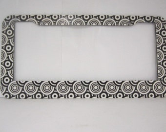 Circle dot  design license plate frame,