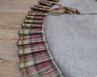 Burlap tree skirt with Plaid Fabric Ruffles - SELECT A SIZE