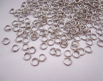 Sale-- 500 pcs of  White k  Jump Rings 0.7x5mm