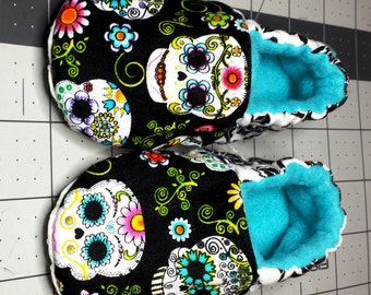 Sugar Skull Baby Shoe, Soft Sole Shoe, Day of The Dead, Baby booties, toddler slipper, matching headband