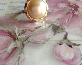Vintage inspired pearl ring