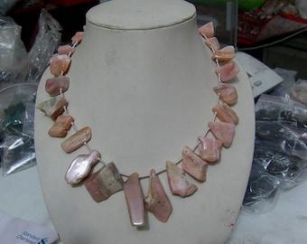 1. strand  Peruvian  Pink  Opal Rough    beads    15''.